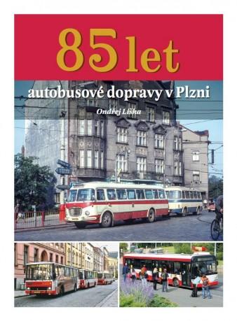 Kniha 85 let autobusové dopravy v Plzni