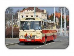 Magnetka s historickým autobusem Karosa ŠM 11