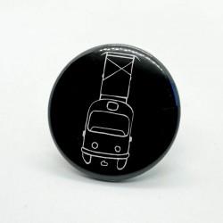 Malý kulatý odznak s tramvají