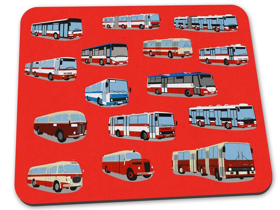 Červená podložka pod myš s pražskými autobusy